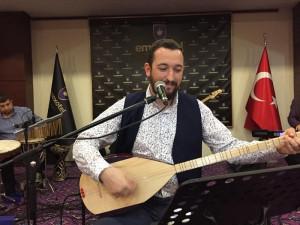"""Kenan Serhat İnce """"Türkü Gecesinde"""""""