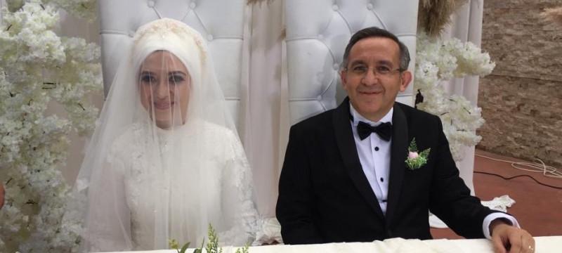 Dr. Ayşe Zeynep Turan ile Bekir Cıvraz evlendi…