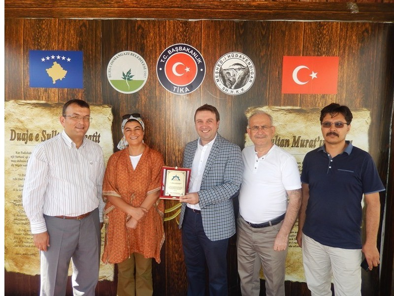 THY Kosova Tem. Genel. Müd. Gökhan HACIİBRAHİMOĞLU'na Plaket -4
